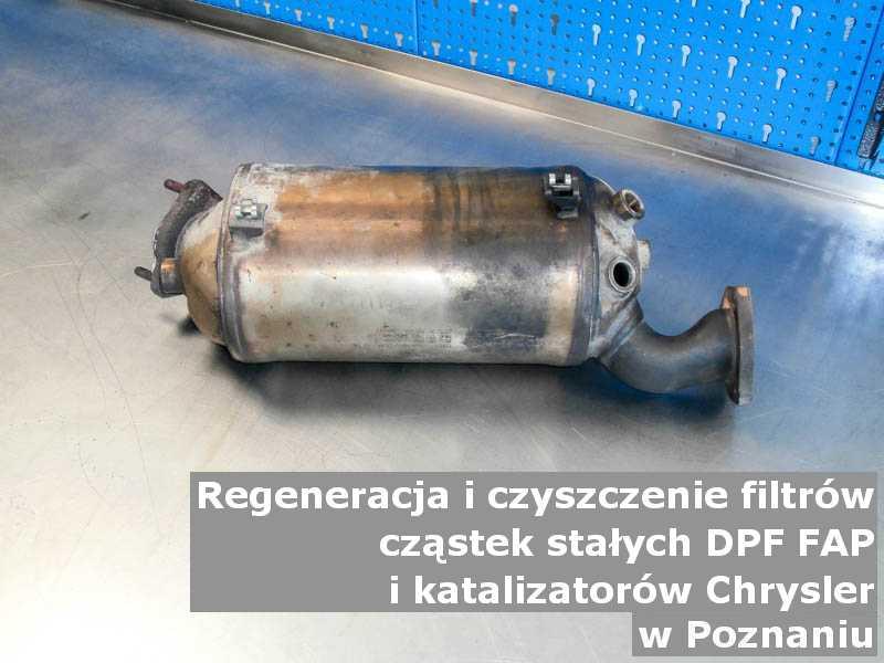 Myty filtr cząstek stałych DPF marki Chrysler, w warsztacie, w Poznaniu.
