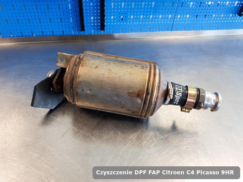 Filtr cząstek stałych DPF Citroen C4 Picasso 9HR wyczyszczony w specjalistycznym urządzeniu gotowy do montażu