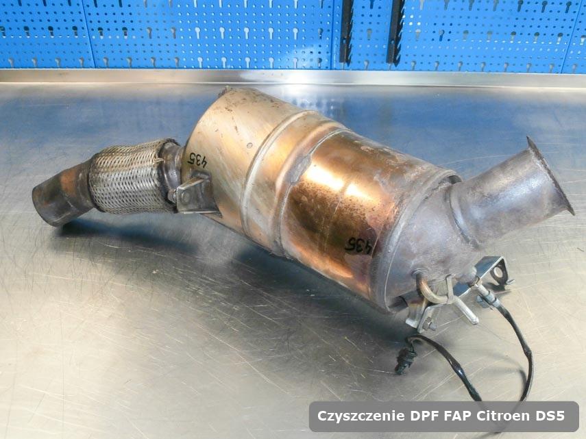 Filtr cząstek stałych FAP Citroen DS5 wyczyszczony w specjalistycznym urządzeniu gotowy do instalacji