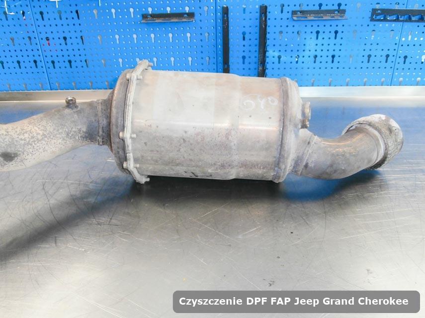Filtr DPF układu redukcji emisji spalin Jeep Grand Cherokee dopalony na dedykowanej maszynie gotowy do wysyłki