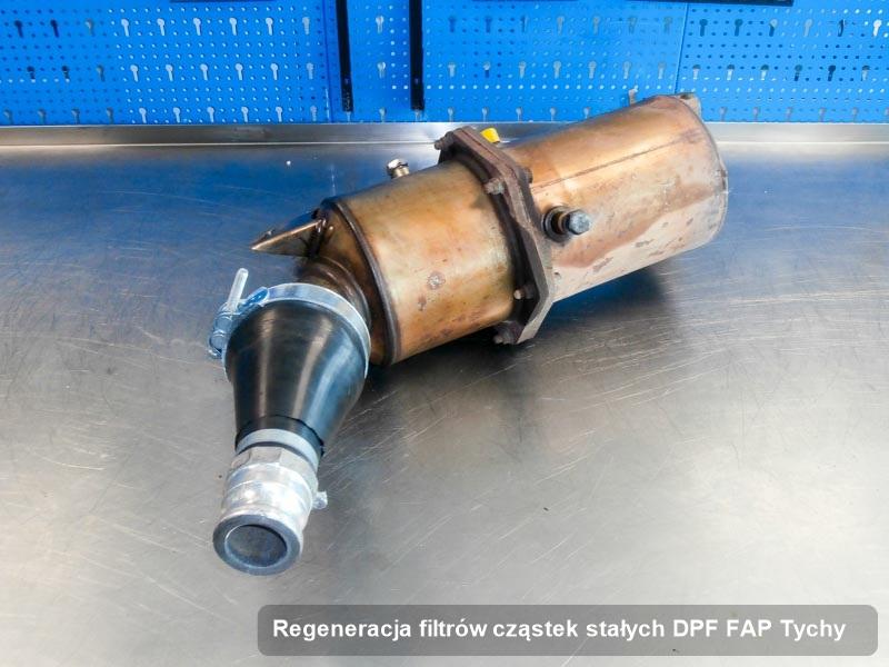Filtr cząstek stałych wyczyszczony w warsztacie w Tychach
