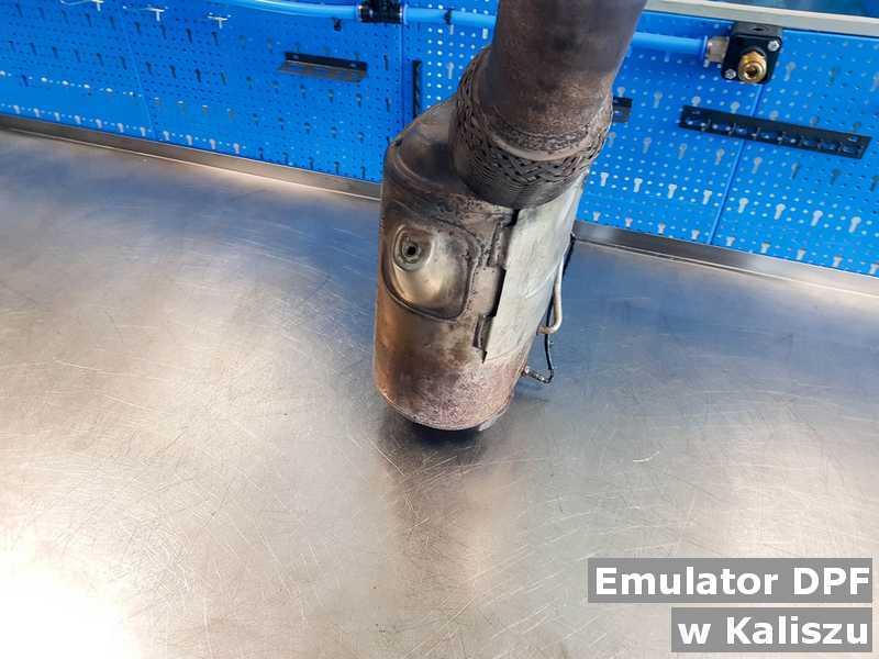 Katalizator bez zbędnego emulatora wyczyszczony w warsztatowym laboratorium w Kaliszu.
