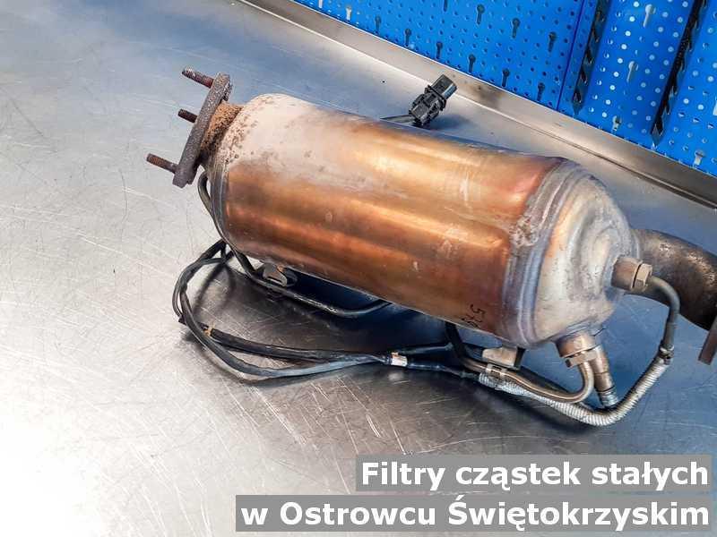 Filtr cząstek stałych gotowy w warsztacie samochodowym w Ostrowcu Świętokrzyskim.