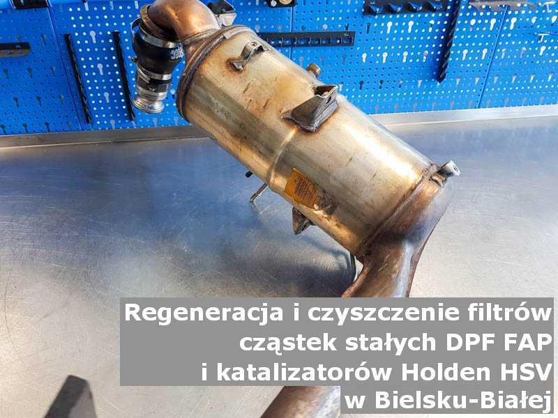 Oczyszczony katalizator samochodowy marki Holden (HSV), w warsztacie, w Bielsku-Białej.