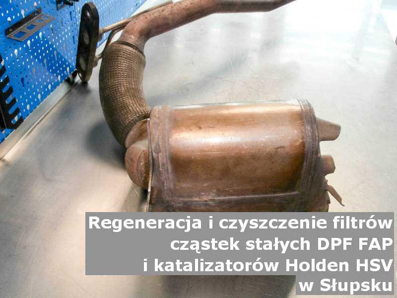 Wyczyszczony filtr DPF marki Holden (HSV), na stole w pracowni regeneracji, w Słupsku.