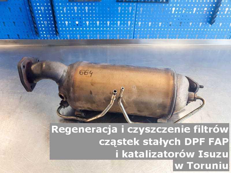 Umyty katalizator SCR marki Isuzu, w specjalistycznej pracowni, w Toruniu.