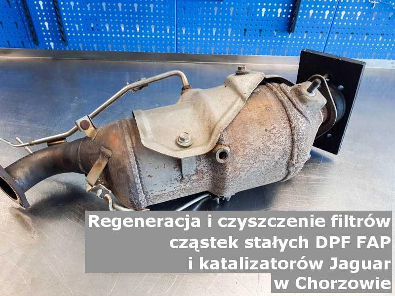 Naprawiany katalizator SCR marki Jaguar, w laboratorium, w Chorzowie.