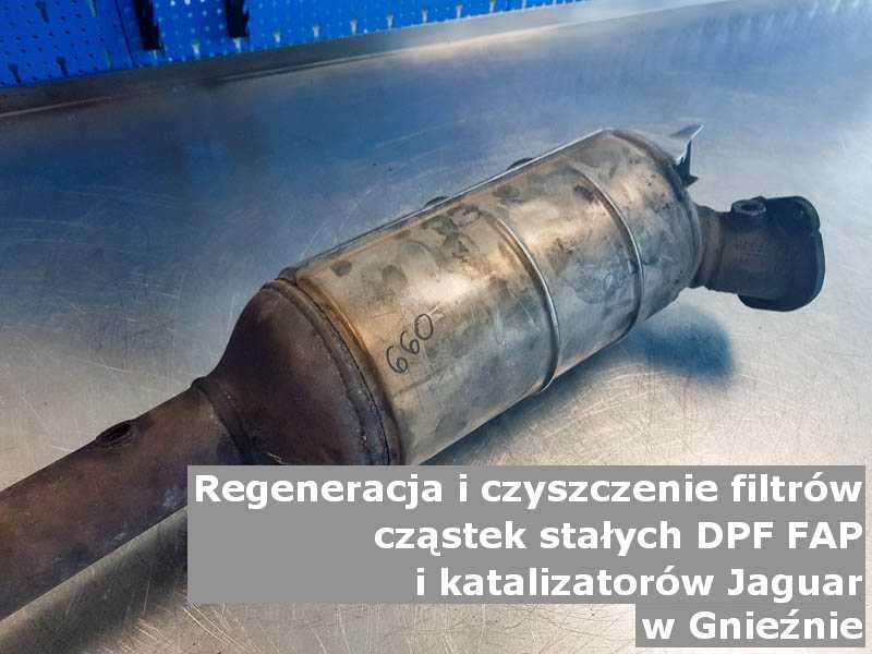 Regenerowany katalizator SCR marki Jaguar, w pracowni, w Gnieznie.