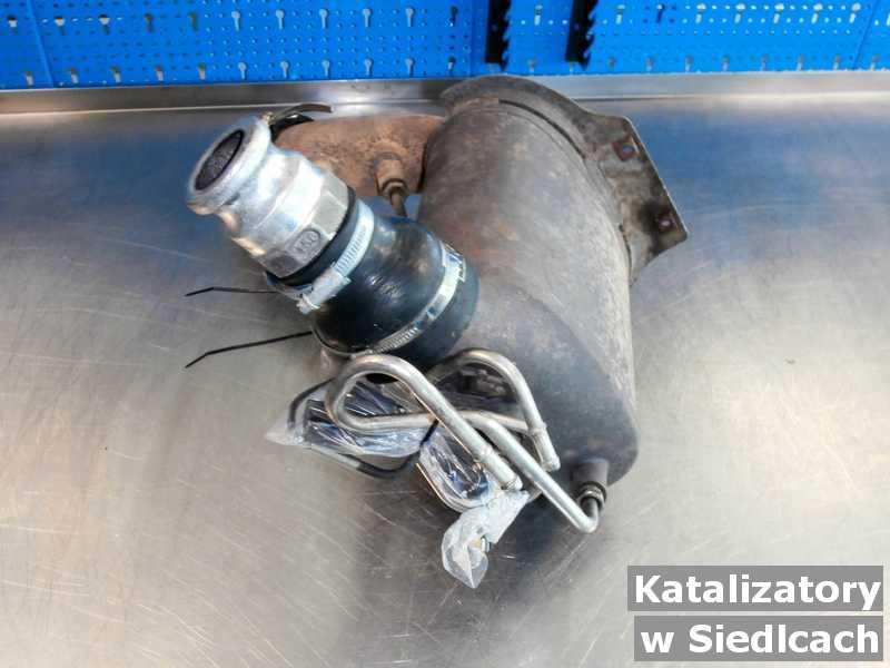 Katalizator zregenerowany w warsztatowym laboratorium w Siedlcach.