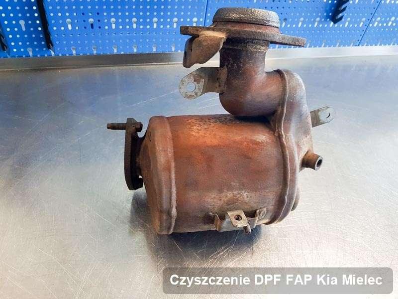 Filtr DPF do samochodu marki Kia w Mielcu zregenerowany na specjalistycznej maszynie, gotowy do montażu