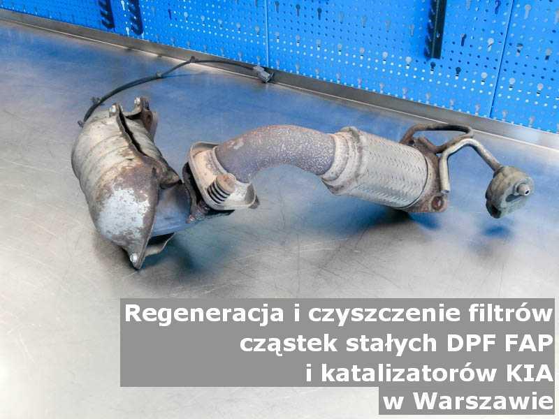 Naprawiany filtr cząstek stałych marki Kia, w specjalistycznej pracowni, w Warszawie.