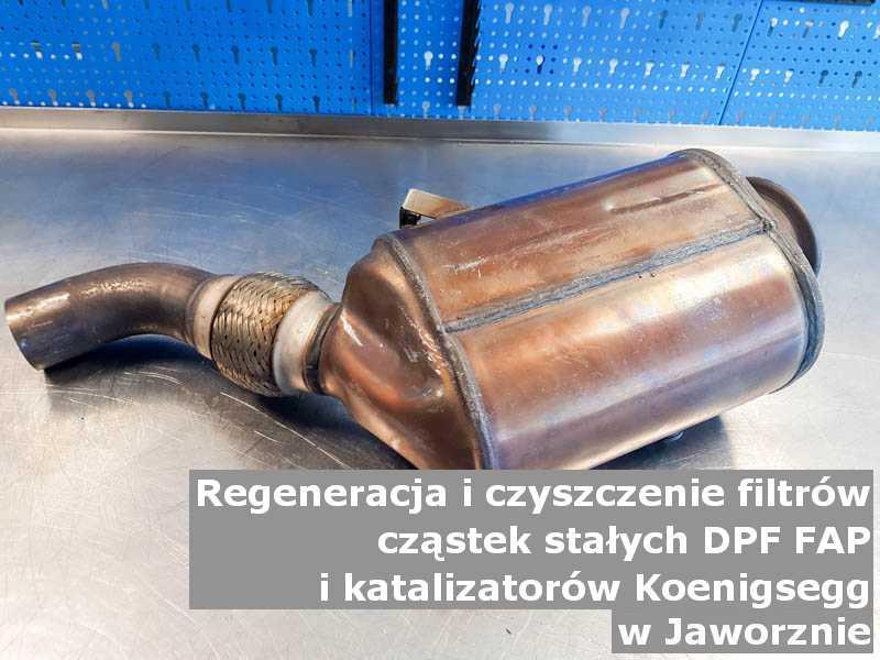 Wypłukany katalizator marki Koenigsegg, w warsztacie, w Jaworznie.