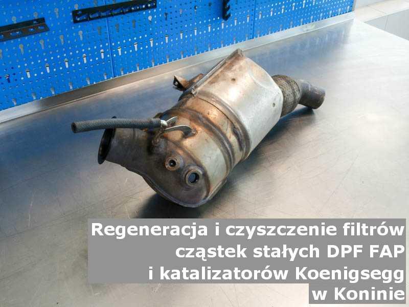 Naprawiany katalizator utleniający marki Koenigsegg, w laboratorium, w Koninie.