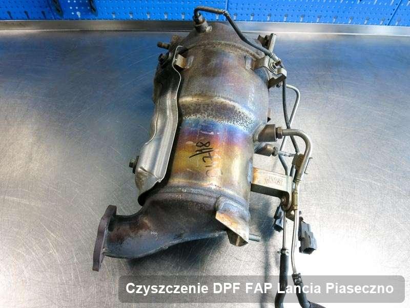 Filtr cząstek stałych DPF do samochodu marki Lancia w Piasecznie naprawiony na specjalnej maszynie, gotowy do instalacji