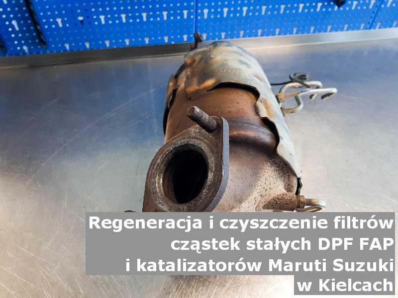 Oczyszczony filtr FAP marki Maruti Suzuki, w pracowni, w Kielcach.