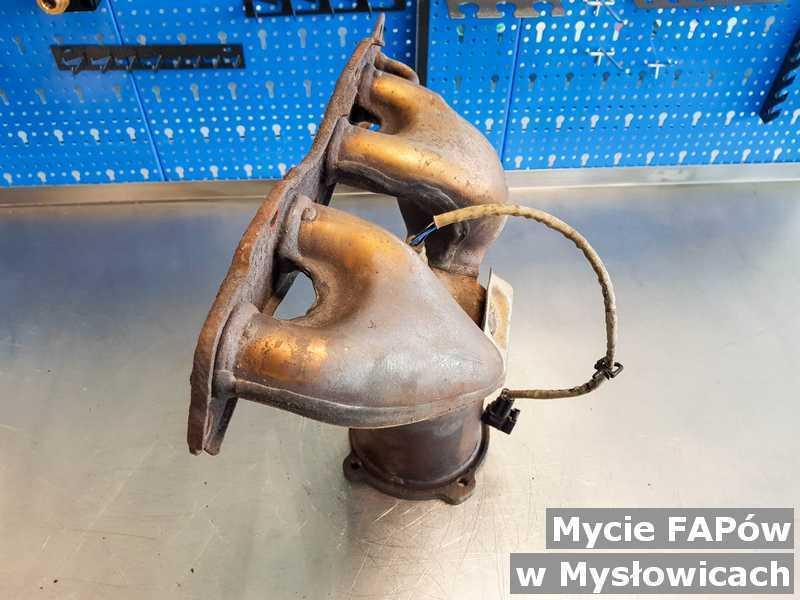 Filtr FAP z Mysłowic umyty, po naprawie w punkcie obsługi technicznej.