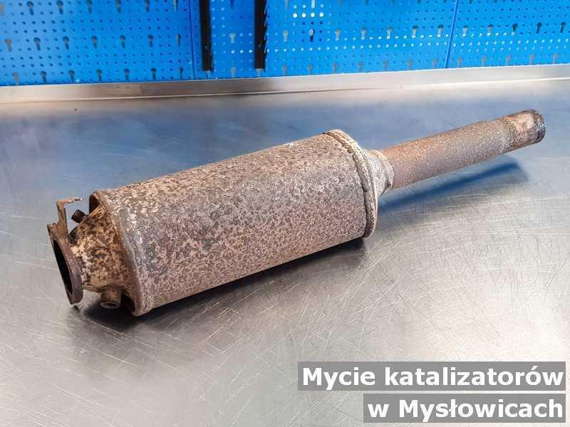 Katalizator SCR z Mysłowic po myciu, po czyszczeniu w punkcie obsługi technicznej.