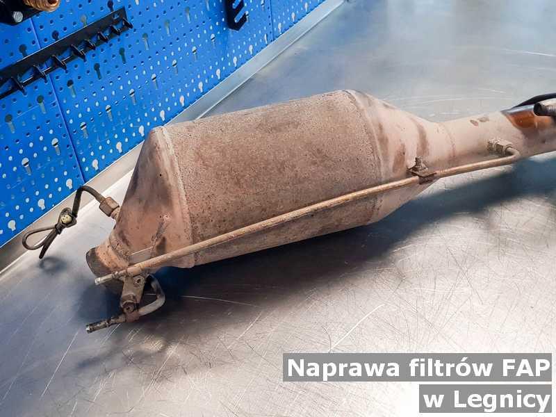 Naprawiony filtr czastek stałych FAP w Legnicy przed wysyłką w pracowni.