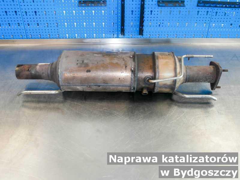 Po naprawie katalizator pod Bydgoszczą przygotowany w warsztatowej pracowni.