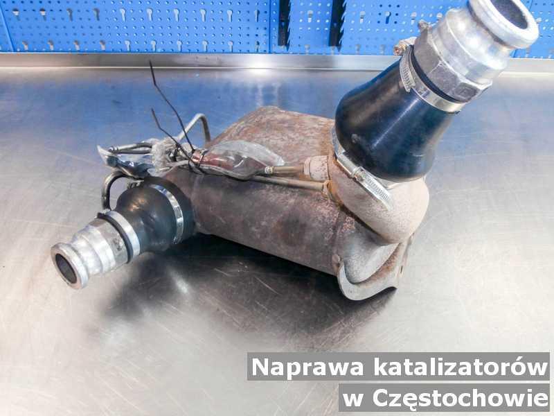 Po naprawie katalizator z Częstochowy po oczyszczaniu w punkcie obsługi technicznej.