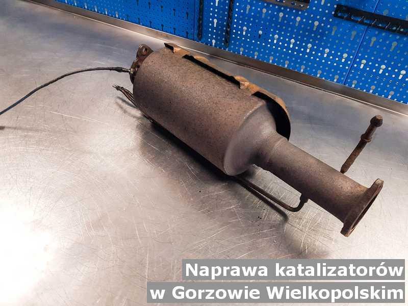 W naprawie katalizator SCR z Gorzowa Wielkopolskiego przed pakowaniem w laboratorium.