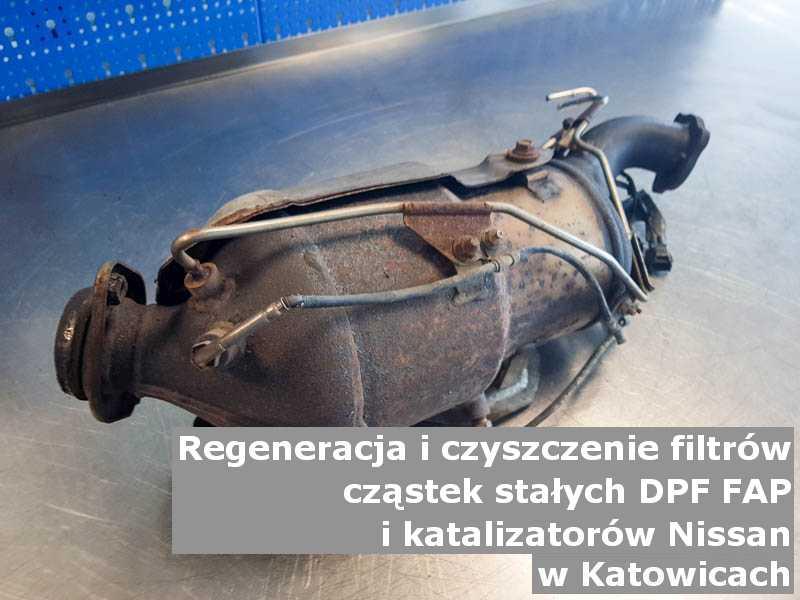 Wyczyszczony filtr cząstek stałych GPF marki Nissan, w pracowni regeneracji, w Katowicach.