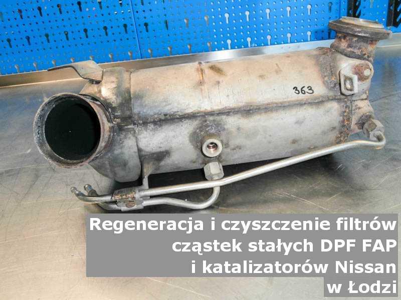 Myty filtr cząstek stałych DPF marki Nissan, w pracowni regeneracji, w Łodzi.
