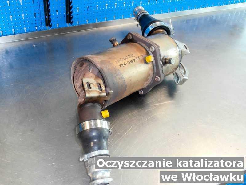 Katalizator SCR w Włocławku w warsztatowym laboratorium wyczyszczony, przed wysyłką do klienta.