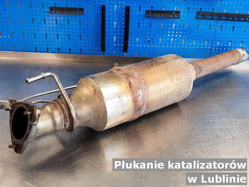 Katalizator w Lublinie w punkcie obsługi technicznej wypłukany z sadzy, przed wysłaniem do klienta.