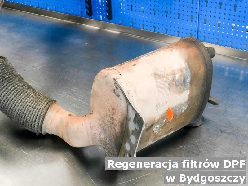 Filtr cząstek stałych w Bydgoszczy w punkcie obsługi technicznej po regeneracji przed wysyłką.