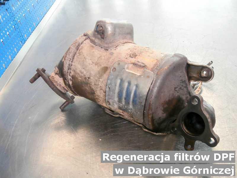 Filtr DPF w Dąbrowie Górniczej w punkcie obsługi technicznej po zregenerowaniu przygotowywany do wysłania.