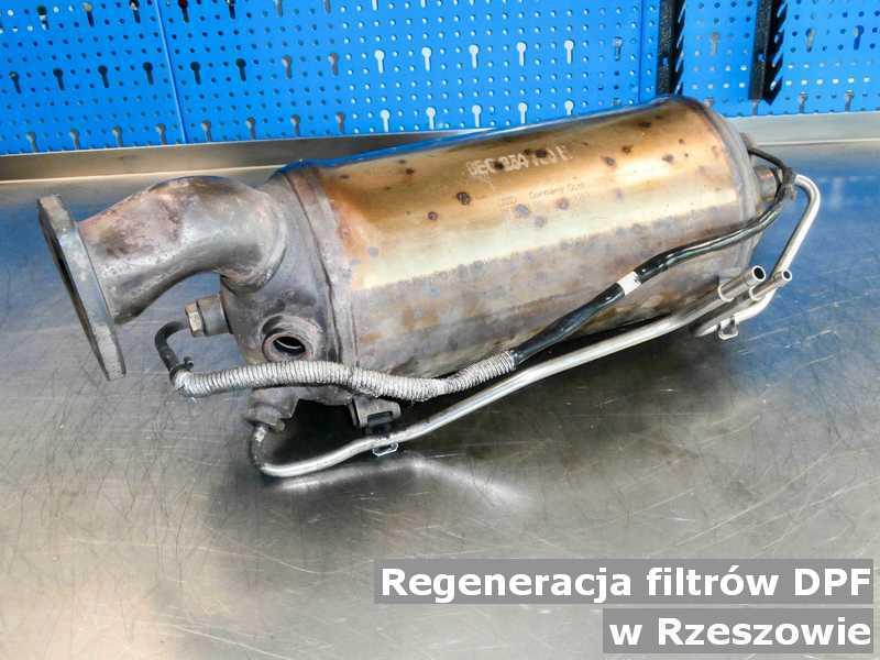 Filtr cząstek stałych w Rzeszowie w laboratorium regenerowany przygotowywany do wysłania.