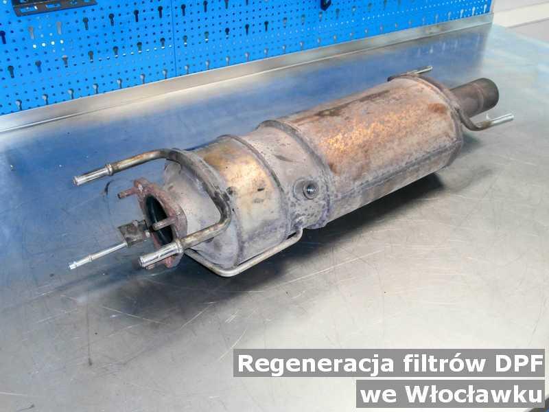 Filtr cząstek stałych DPF pod Włocławkiem  w punkcie obsługi technicznej po regeneracji przed wysyłką do klienta.
