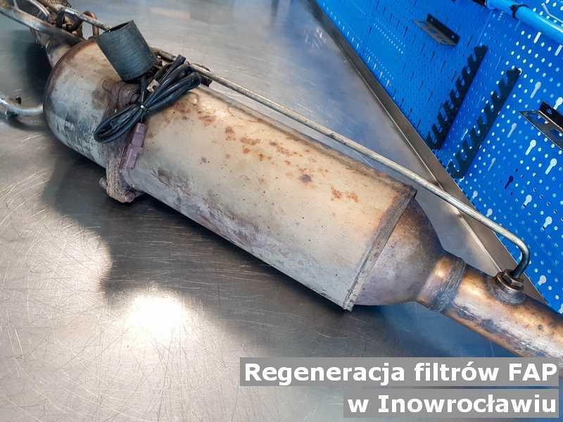 Filtr FAP z Inowrocławia w laboratorium po zregenerowaniu przed wysłaniem do klienta.