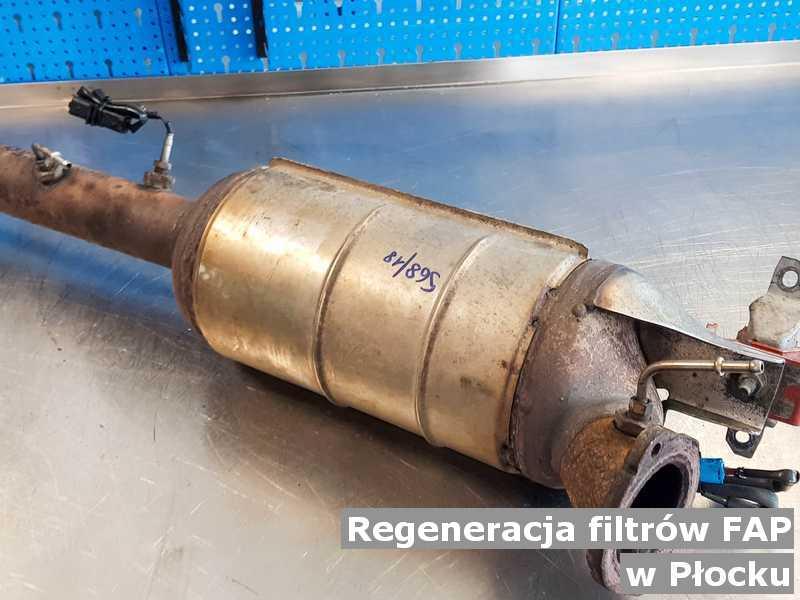 Filtr cząstek stałych FAP pod Płockiem w laboratorium regenerowany przed wysyłką do klienta.