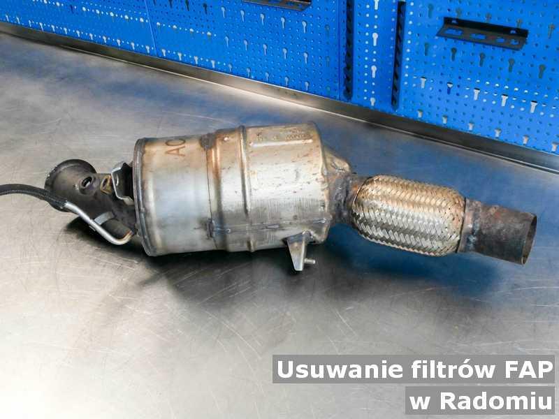 Filtr cząstek stałych FAP w Radomiu w punkcie obsługi technicznej zamiast usuniętego filtra FAP przed wysyłką.